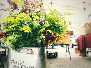 青空マーケットのfresh Flowersの写真・画像素材[1381321]