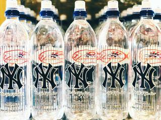 ヤンキースのウォーターボトルの写真・画像素材[1414666]