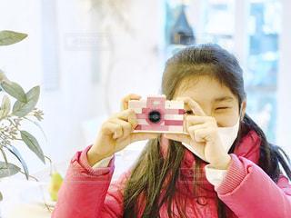 カメラでポーズ!の写真・画像素材[1703099]