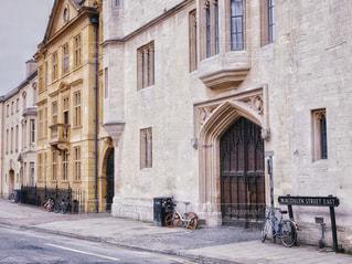 オックスフォードの街並みの写真・画像素材[2067049]