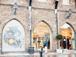ロンドン塔のギフトショップの写真・画像素材[2278419]
