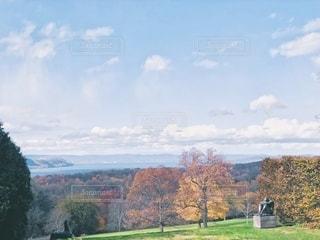 秋のロックフェラー邸からの眺めの写真・画像素材[2670713]
