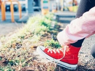 靴紐を結び直しての写真・画像素材[2792885]