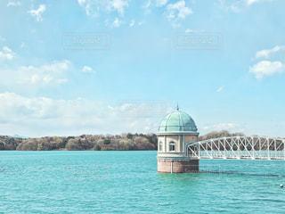 多摩湖と空の写真・画像素材[3251683]