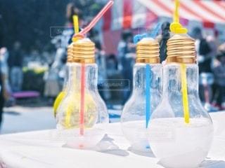 電球ドリンクの写真・画像素材[3485714]