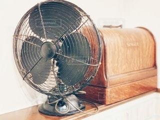レトロ扇風機の写真・画像素材[3521277]