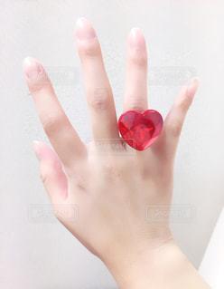 手,指輪,ハート,人物,キラキラ,おもちゃ,宝石,右手,薬指