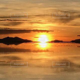 夕日,湖,夕焼け,世界遺産,ウユニ塩湖