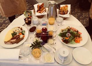 ホテルのルームサービス(朝食)の写真・画像素材[1145239]