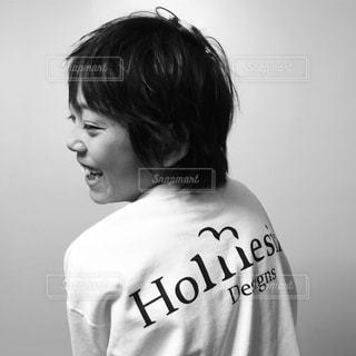 モノクロ 少年の横顔の写真・画像素材[1179733]