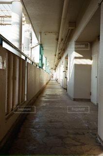 廊下の写真・画像素材[1197578]