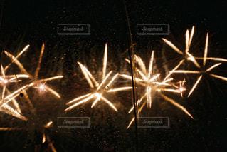 夏,夜,雨,傘,屋外,花火,浅草,隅田川,フィルム,梅雨,フィルムカメラ,フォトジェニック
