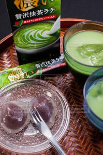 和菓子と抹茶はよく合う。の写真・画像素材[1281365]