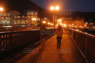 夜の下呂温泉街の写真・画像素材[1248081]