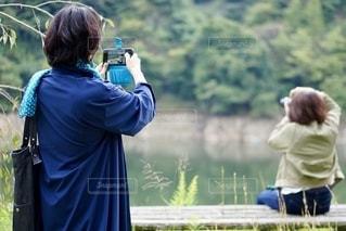 撮る人を撮る人の写真・画像素材[2620741]