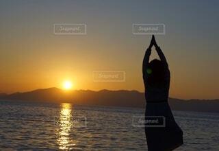 風景,空,湖,太陽,朝日,海岸,正月,お正月,日の出,ヨガ,新年,初日の出,希望