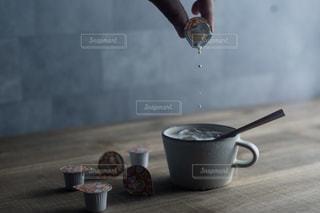 一杯のコーヒーの写真・画像素材[1261311]
