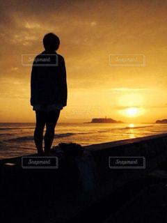 空,夕日,太陽,夕焼け,海岸,オレンジ,夕陽,江ノ島,七里ヶ浜