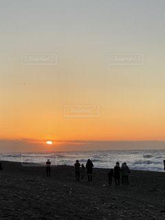自然,空,太陽,ビーチ,水面,海岸,光,人物,日の出