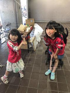 小さな女の子がおもちゃで遊んでの写真・画像素材[1165241]