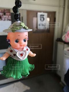 緑のスカートのキューピー人形の写真・画像素材[1166183]