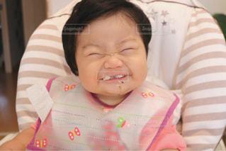 ご飯を食べる赤ちゃんの写真・画像素材[1603971]