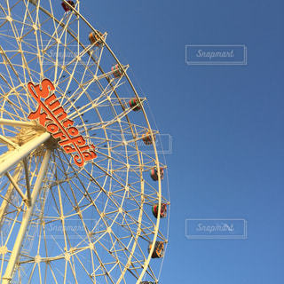 澄んだ青い空の写真・画像素材[1313538]