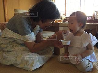 わたしのおばあちゃんとわたしのむすめの写真・画像素材[1451265]