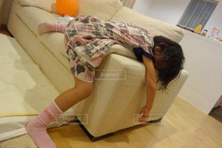 お部屋,部屋,室内,子供,女の子,こども,のんびり,ごろ寝