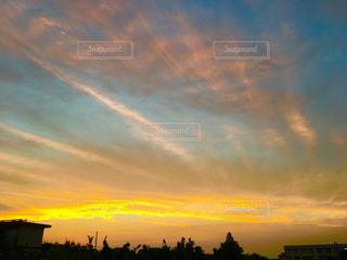 夕日,雲,オレンジ,流れ