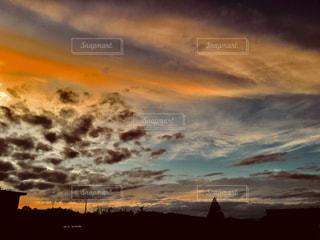 空,夕焼け,オレンジ,野外,秋空