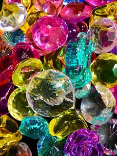 カラフルなプラスチックのキラキラッ‼️の写真・画像素材[1541786]