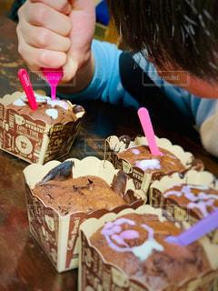 食べ物,屋内,女の子,プレゼント,テーブル,人物,人,食品,バレンタイン,手作り,物