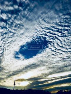 台風の目みたいにぽっかり真ん中に穴が😊の写真・画像素材[1861576]