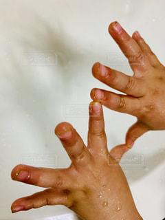水,手,水滴,子供,濡れる,人,人間,手洗い
