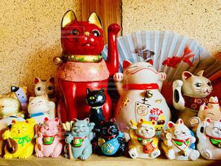 猫,かわいい,カラフル,室内,お店,柱,招き猫,ファンシー,センス,大小,綿壁