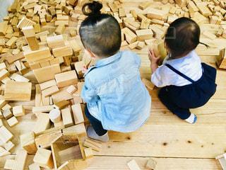 木,室内,子供,女の子,人,男の子,ブロック,人間