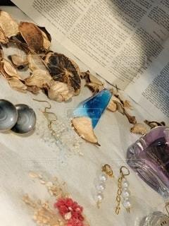 香水,雑誌,書類,ハンドメイド,イヤリング,ペーパー,紙,石鹸,データ
