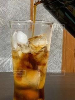 飲み物,インテリア,コーヒー,水,氷,ガラス,コップ,食器,焼酎,ドリンク,ライフスタイル,障子,コーヒー割り