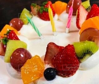 お誕生日ケーキの写真・画像素材[3885026]