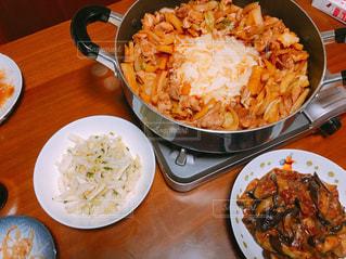食事,室内,テーブル,手作り,贅沢,絶品,麻婆茄子,チーズダッカルビ,お部屋でゆっくり