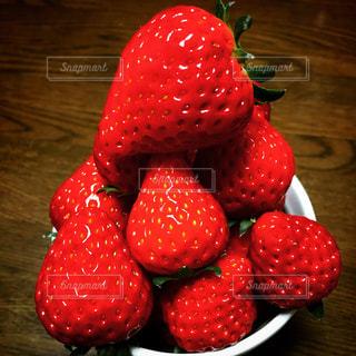 食べ物,赤,いちご,苺,フルーツ,果物,果実,ストロベリー,フレッシュ,イチゴ