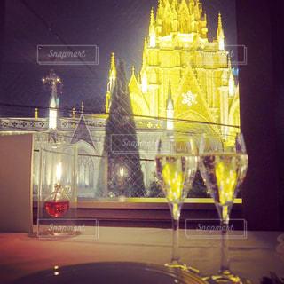 夜景,ディナー,グラス,記念日,乾杯,ドリンク,シャンパン,大聖堂