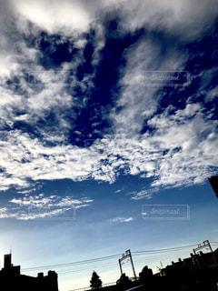 秋空に変わるころの写真・画像素材[2415386]
