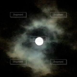 暗闇の中でスターの写真・画像素材[1199549]