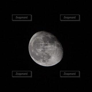 中秋の明月の3日後の写真・画像素材[4882774]