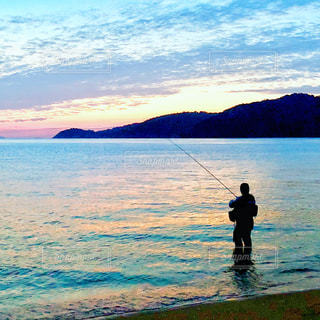 魚釣りの写真・画像素材[2134841]