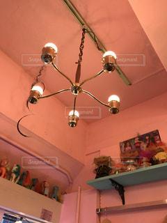 ピンク,かわいい,照明,高円寺,ピンク色,桃色,古着屋,pink,インスタ映え,古着屋さん,KIKI2
