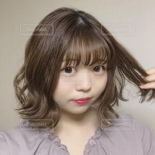 女性,20代,レディース,髪型,女の子,ボブ,美容,ショート,髪の毛,ヘアースタイル,パーマ,ゆるふわ