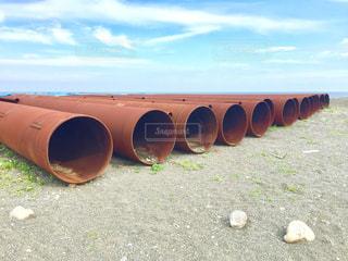 砂浜に鉄のなんかあるよ。の写真・画像素材[1264976]